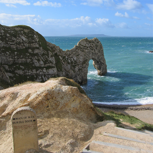 Footpath and steps to Durdle Door & Durdle Door :: Resort Dorset