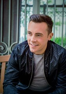 Nathan Carter: Born for the Road