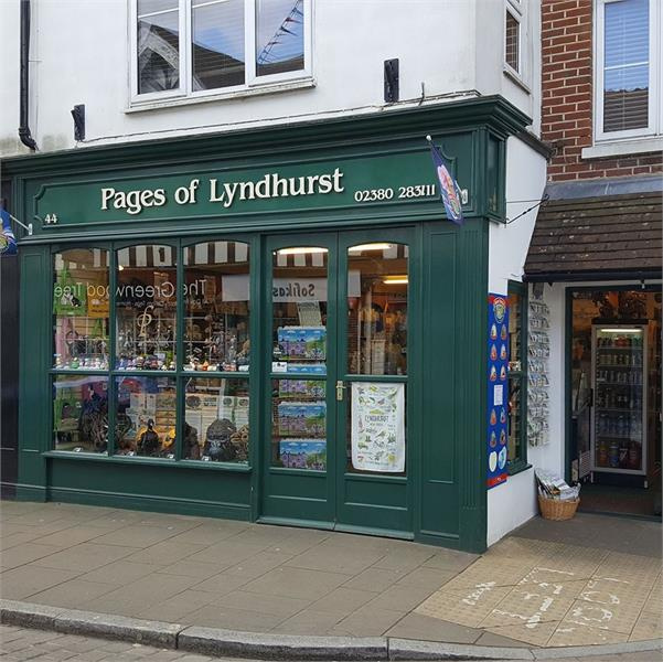 Pages of Lyndhurst